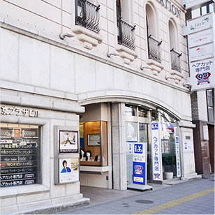 KOKOKARA新宿南口店外観